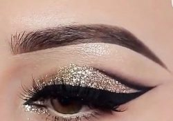 How to wear glitter from head to toe