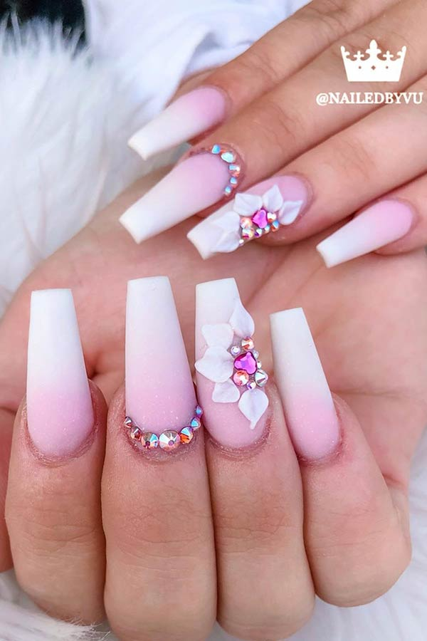 Floral accent occupied mat nails