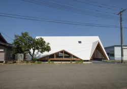Hara House by Takeru Shoji Architects Nagaoka, Japan