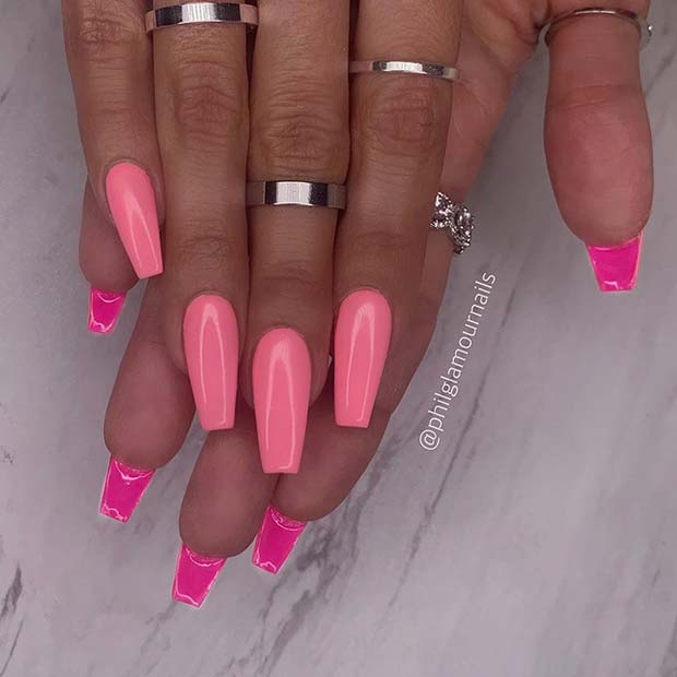 Light pink nails with dark pink back