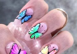 23 ways to wear trendy butterfly nails this spring