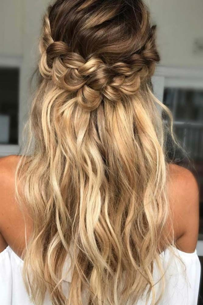 Sweet hairstyles for long hair 2020 15 Very nice hairstyles for long hair