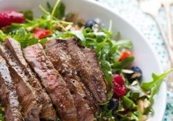 Strawberry and rocket salad with beef and balsamic salad