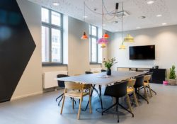 Enhance your meeting office decor with 27 ideas