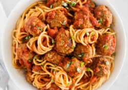 Homemade Spaghetti and Meatballs - I Heart Naptime