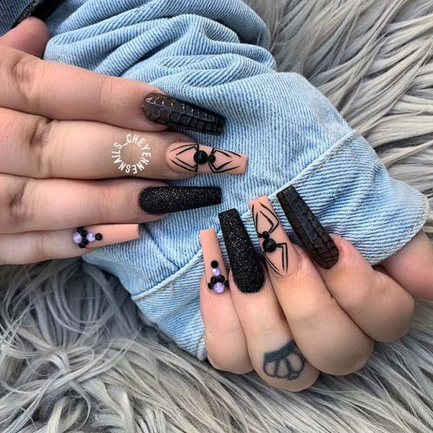 Spooky Spider Nails for Halloween