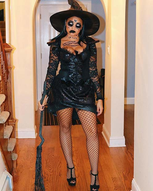 Scary and Sexy Witch Halloween Costume Idea