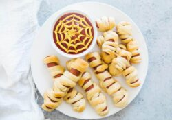 2-Ingredient Halloween Mummy Hot Dogs