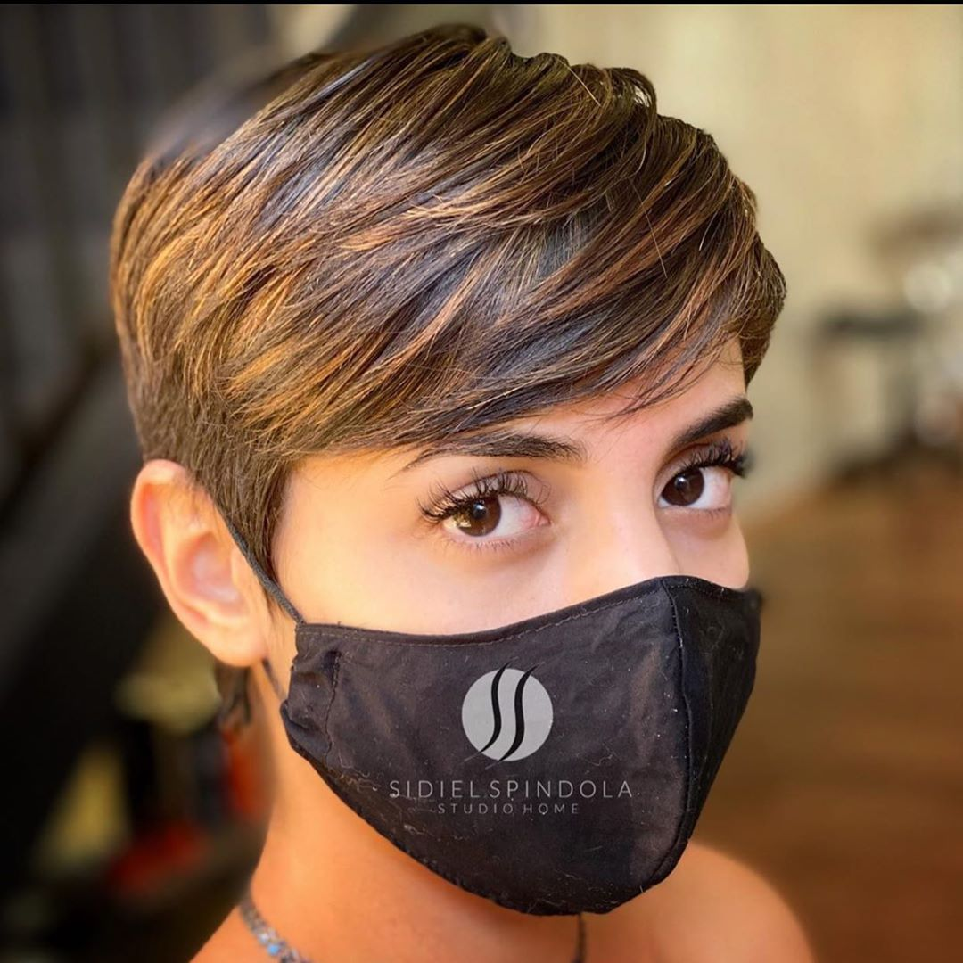 Simple Short Hair Cut for Ladies - Classy Short Hairstyles and Haircuts in 2021