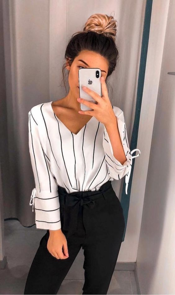 Chic business casual outfits for women, work outfits for women with striped shirt and black pants
