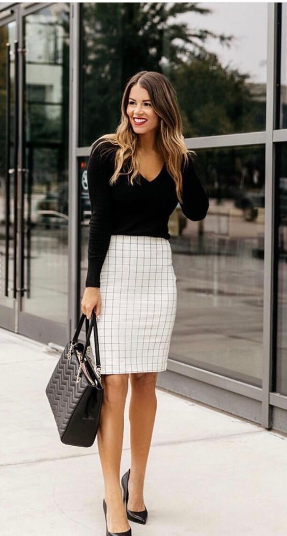Chic business casual outfits for women, work outfits for women with midi skirt