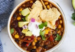 EASY One-Pot Healthy Turkey Chili Recipe