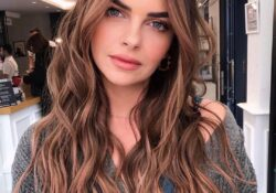 10 Female Long Hairstyle with Color Trend