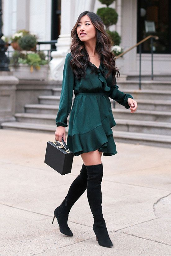 Cute green Christmas outfits for women with high boots