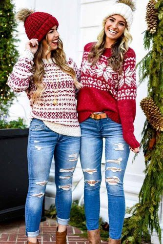 Casual Christmas outfits with Christmas sweaters