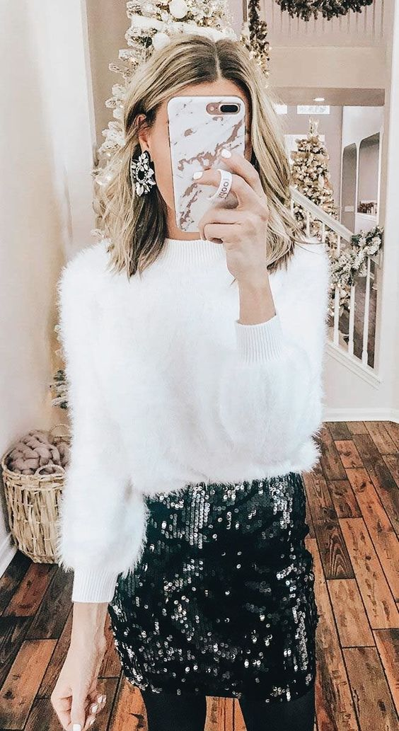 Daily Christmas dresses with sweaters and sequined skirts
