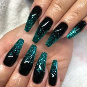 Dark green and black ombre nails