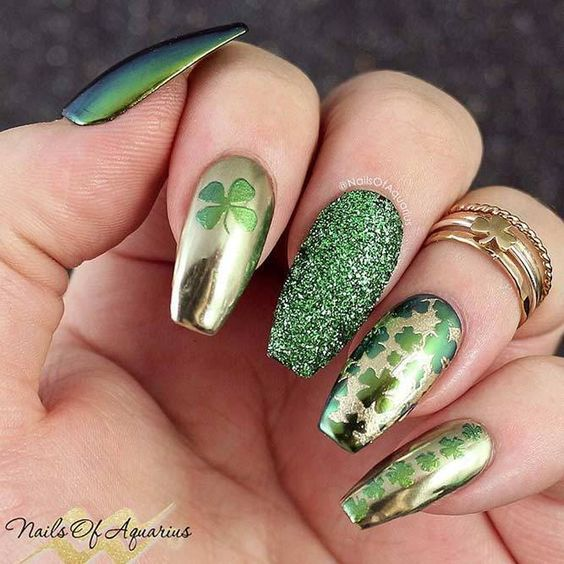 Green and gold nails, acrylic coffin nails for St. Patrick & # 39; s Day