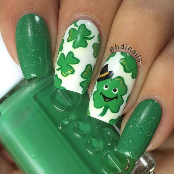 Cute St. Patrick & # 39; s Day nail designs with clover nail art