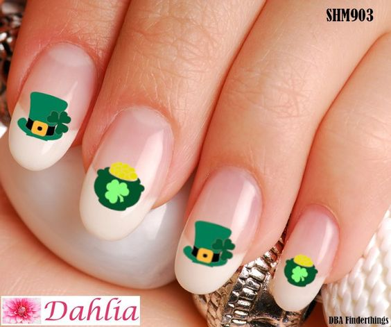 Cute and Easy Leprechaun Nail Art Stickers on St. Patrick & # 39; s Day Nails