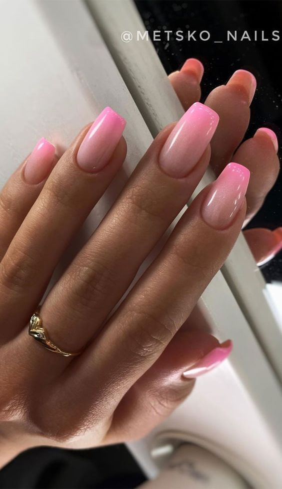 Cute pink ombre nail designs