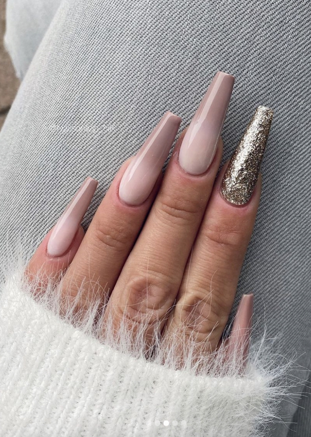 Neutral pink ombre nail coffin with golden glitter