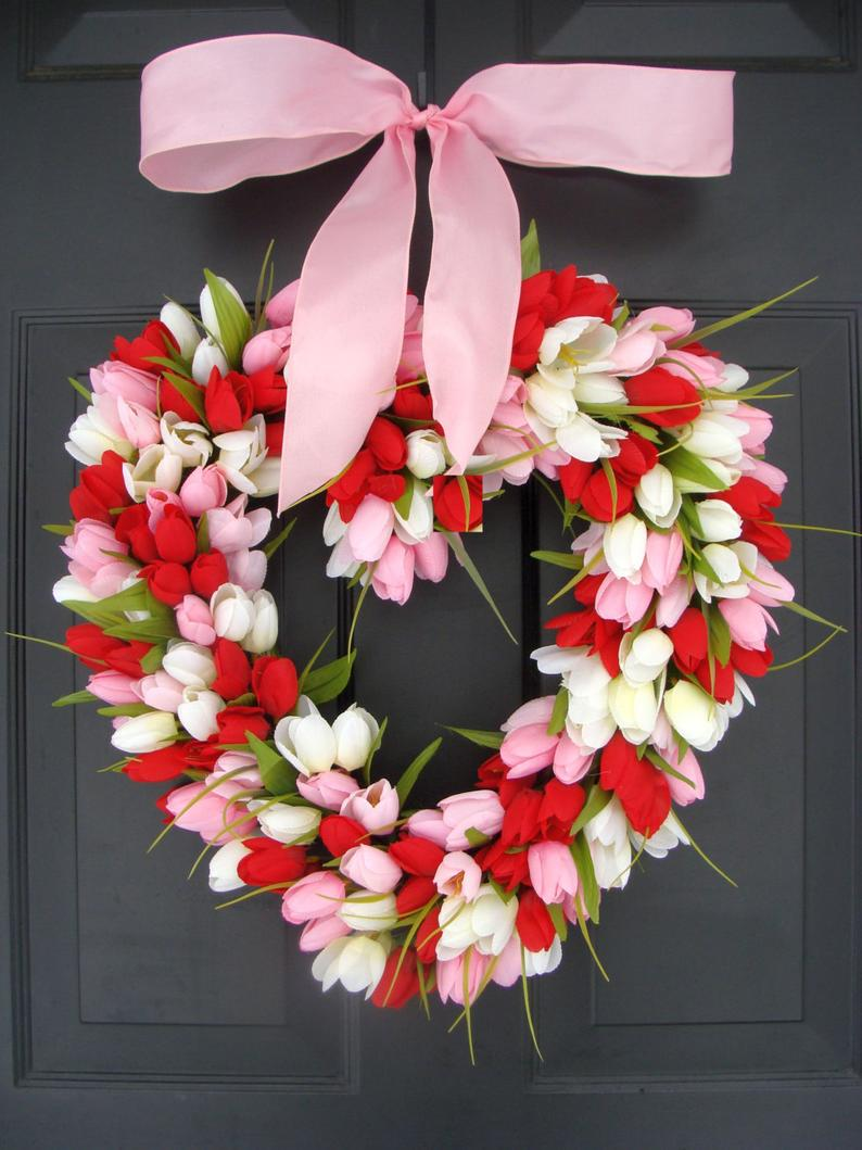 The best Valentine's Day wreaths - heart-shaped wreath, red, white and pink tulip wreath