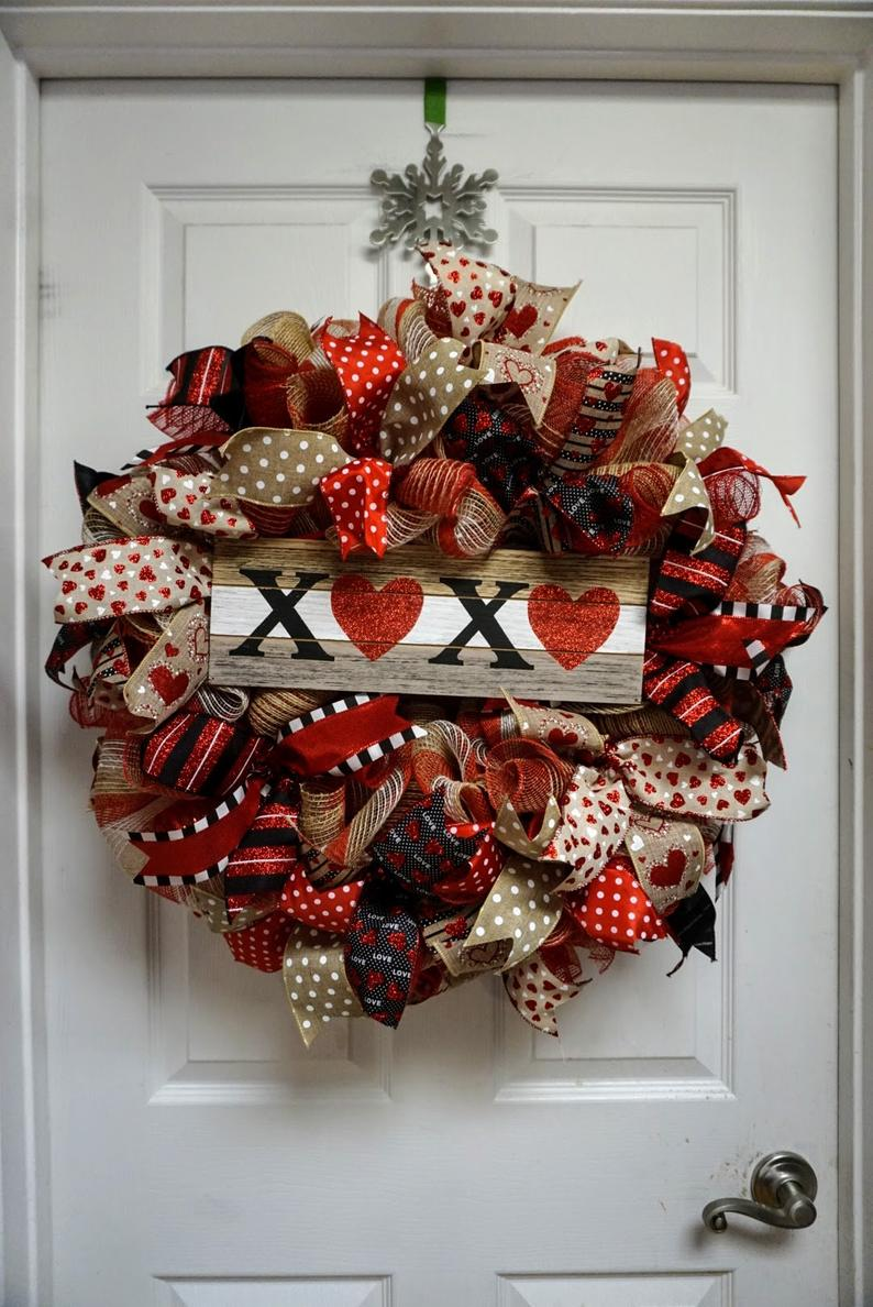 Red Valentine's Day wreaths for the front door
