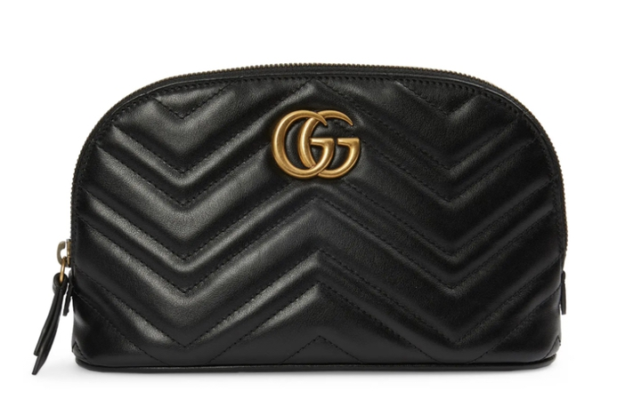 Luxurious gifts for women with everything: the Gucci cosmetic bag