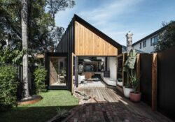Silhouette Hytte House by FIGR Architecture & Design in Elwood, Australia