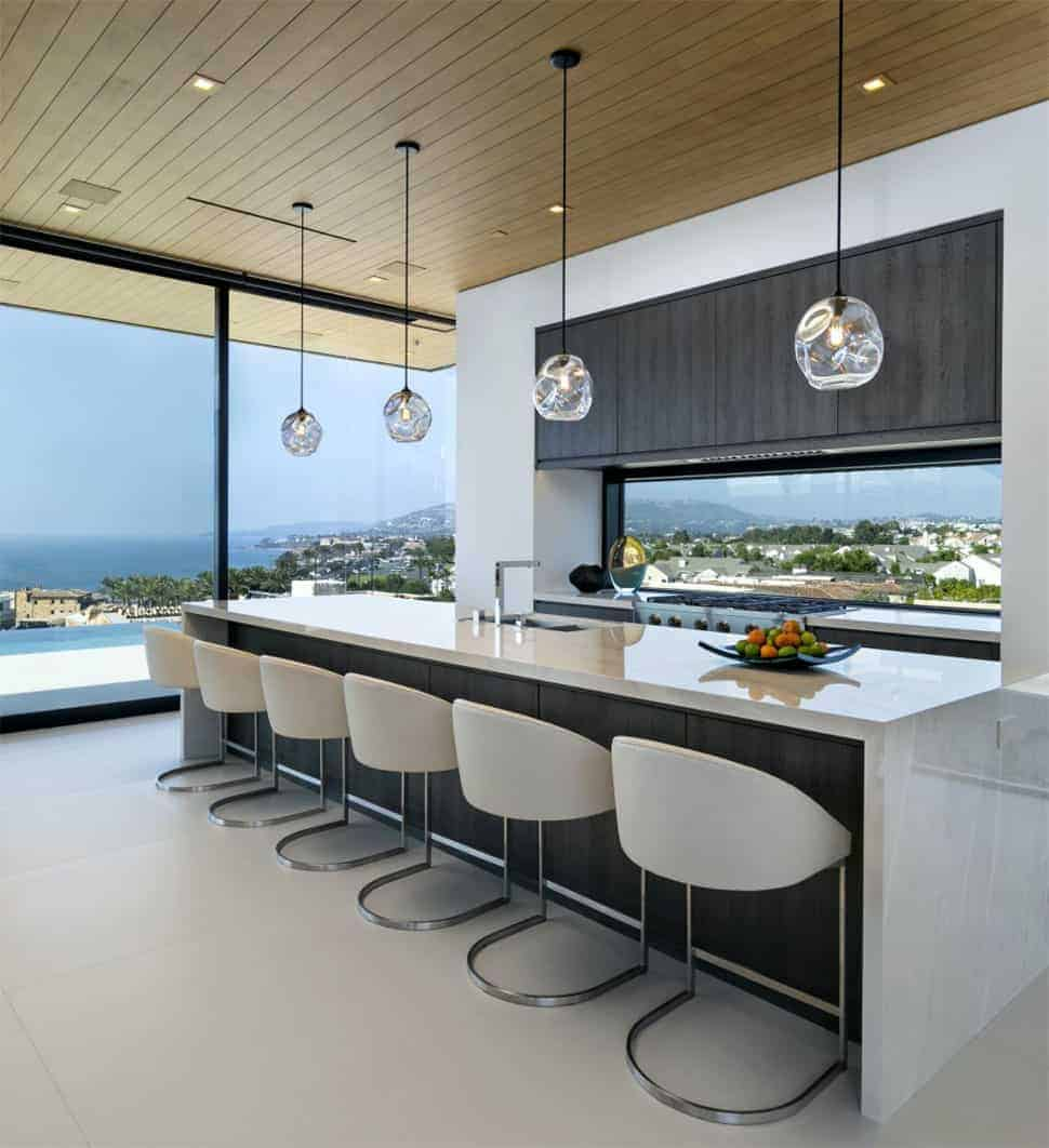 modern beach kitchen