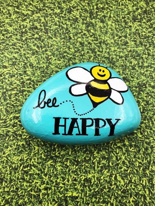 Bee lucky stone