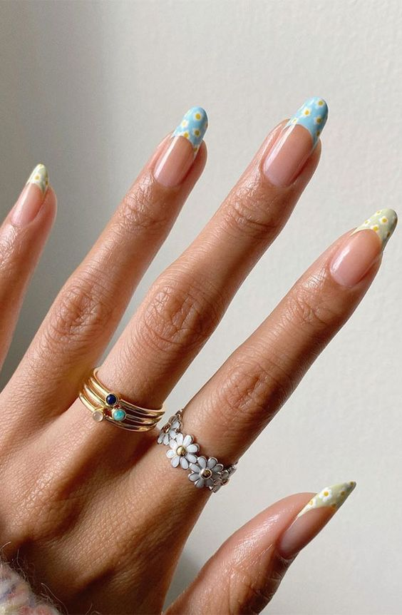 Cute floral nail designs with French nail tips