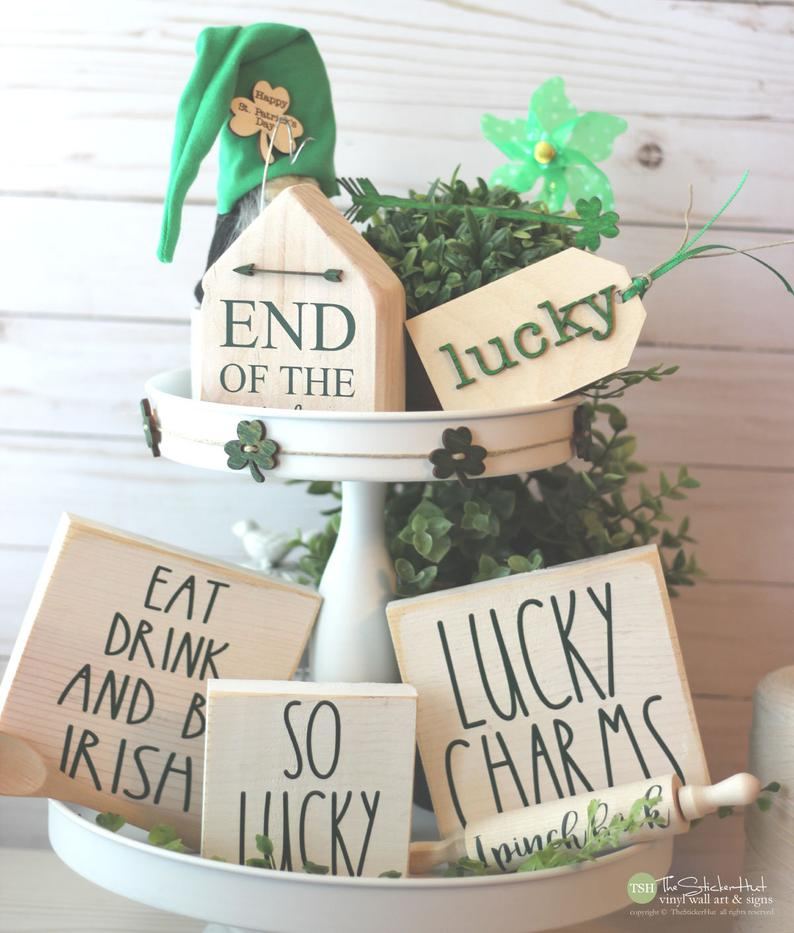 St. Patrick & # 39; s Day decorations - wooden signs