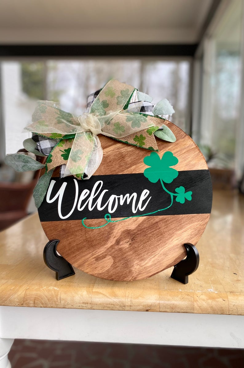 Decoration ideas for St. Patrick & # 39; s Day - wooden sign