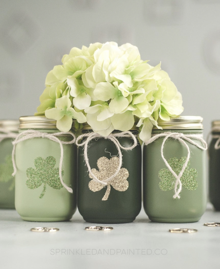 Mason jars for St. Patrick & # 39; s Day