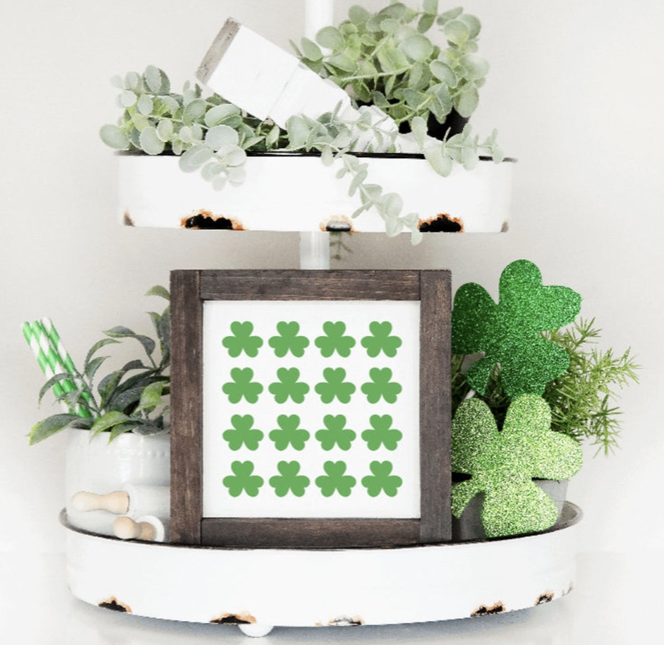 Decoration ideas for St. Patrick & # 39; s Day - clover print