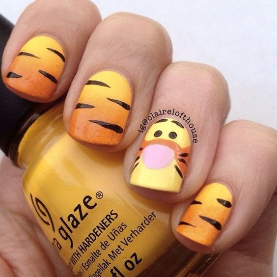 Cute Disney Nails - Tigger Nails from Winnie the Pooh