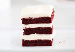 Red Velvet Brownie with Cream Cheese
