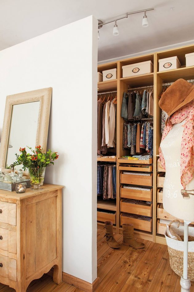 8 Best Small Dressing Room Ideas We Can Find (Part I)