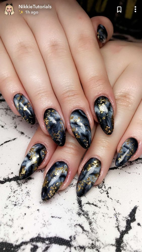Cute black marble nails