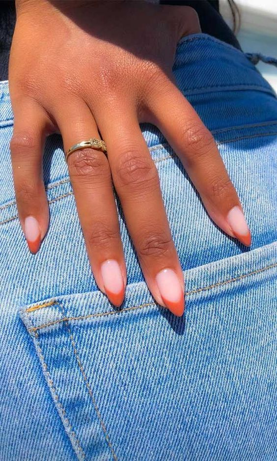 French tip brown nails