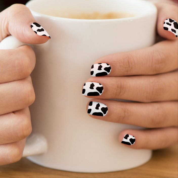 Black and white abstract nails