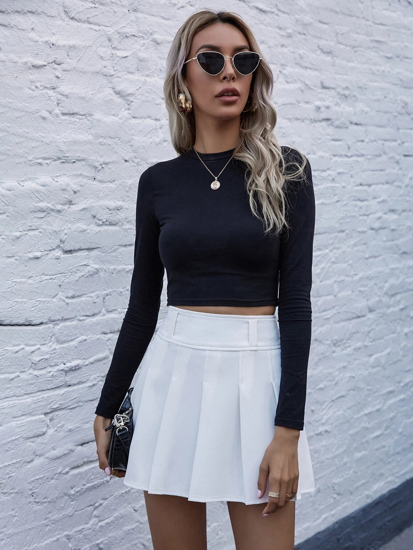 White tennis skirt outfits