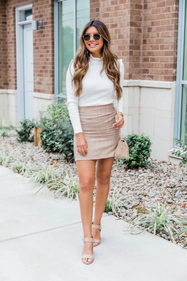 Nice business casual outfit with skirt