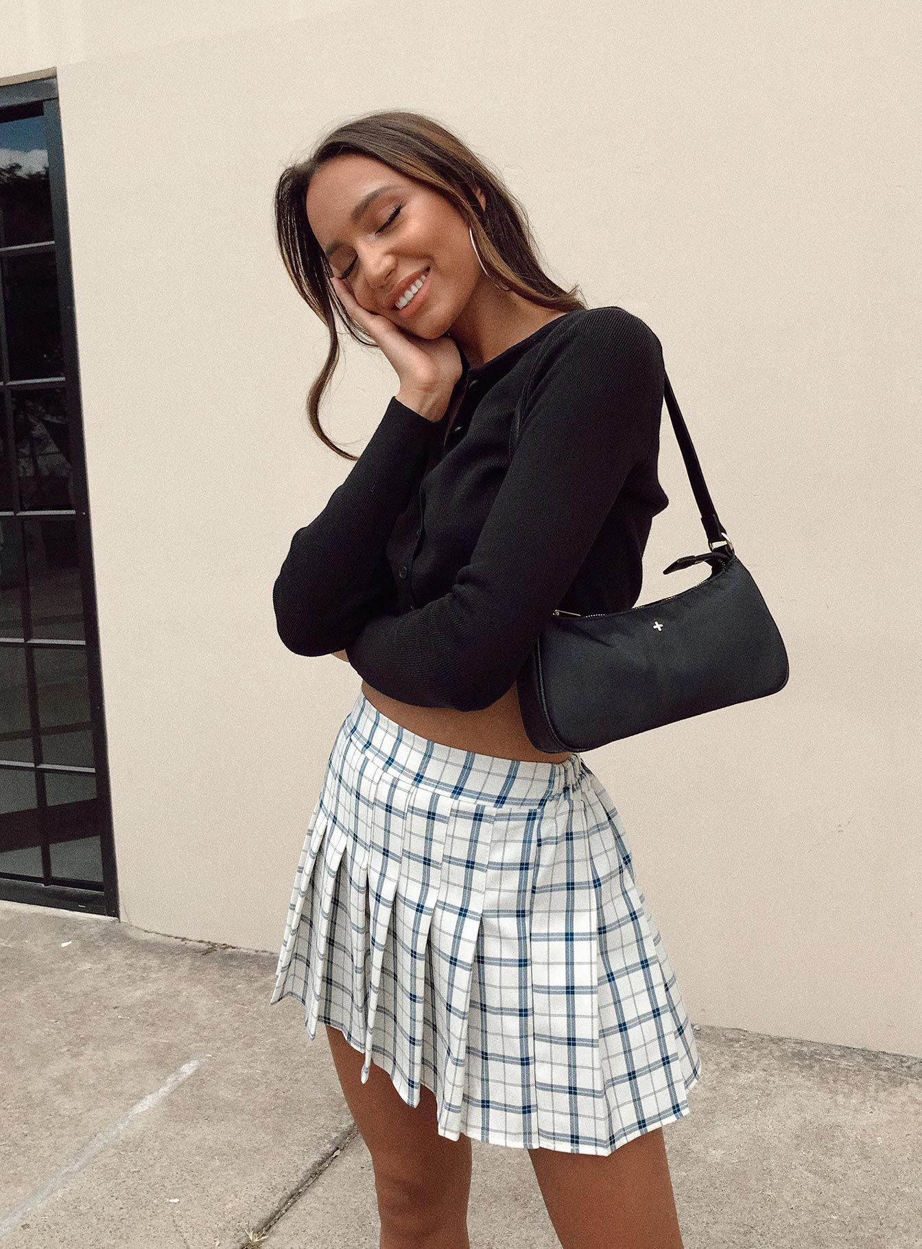Checkered mini skirt outfits