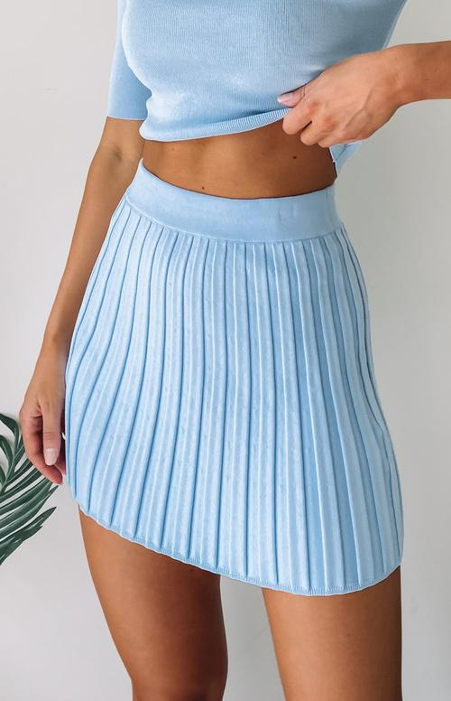Cute blue tennis skirt outfits with ribbed skirts