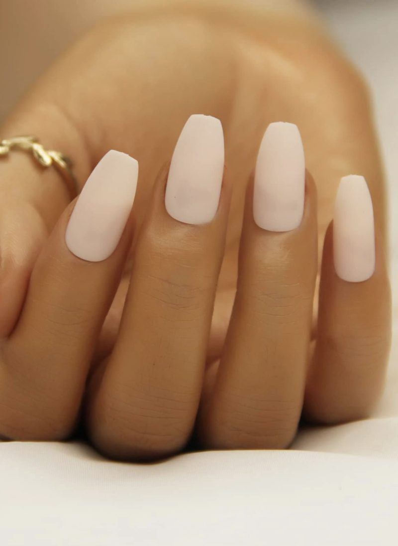 Pretty light pink nail designs