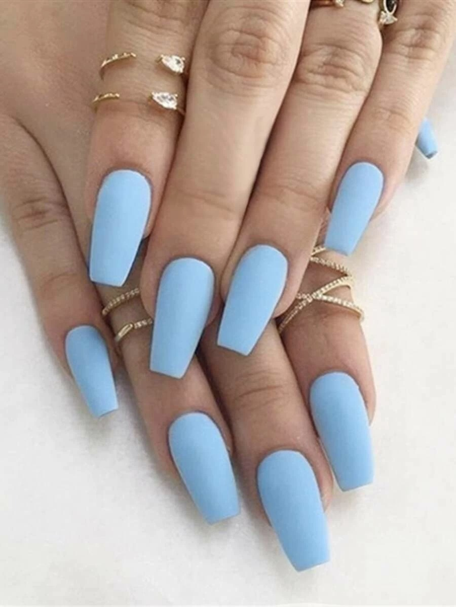 Pastel blue short coffin nails