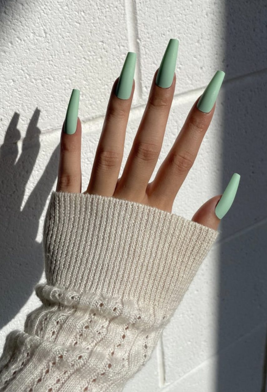 Mint green acrylic coffin nails
